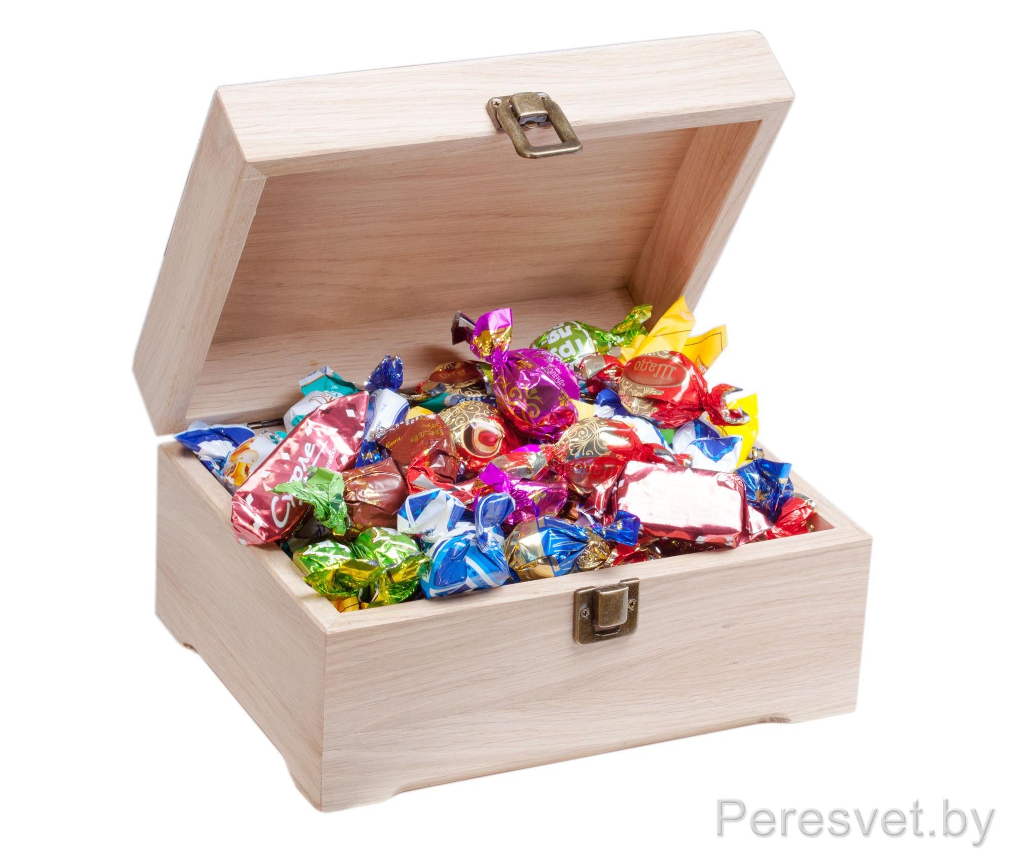 Набор подарочный Конфетный домик в дубовой коробке на peresvet.by
