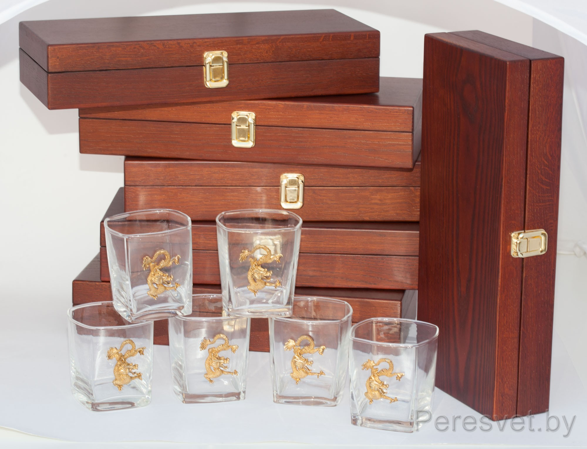 Подарочный набор для виски в дорогой упаковке из массива дерева на peresvet.by